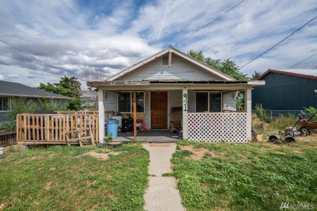 921 Cashmere St, Wenatchee, WA 98801 (#1489672) :: Crutcher Dennis - My Puget Sound Homes