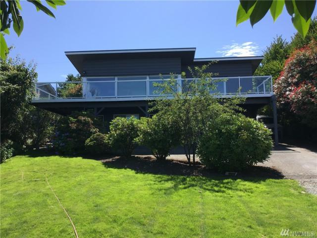 1415 Country Club Drive, Camano Island, WA 98282 (#1489726) :: Platinum Real Estate Partners