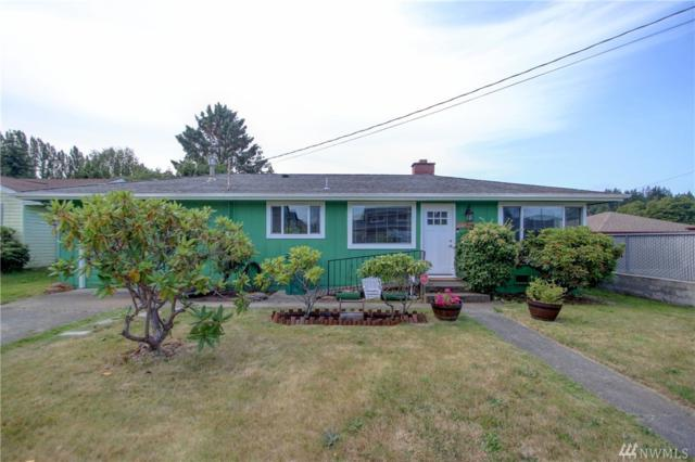 611 Hillcrest Dr, Anacortes, WA 98221 (#1490374) :: Costello Team