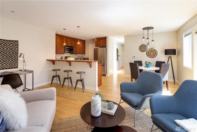 321 E Thomas St #301, Seattle, WA 98102 (#1490464) :: Crutcher Dennis - My Puget Sound Homes