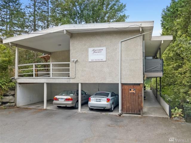 9401 23rd Ave NE, Seattle, WA 98115 (#1490674) :: Platinum Real Estate Partners