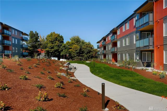 5818 NE 70th St A210, Seattle, WA 98115 (#1490681) :: Ben Kinney Real Estate Team