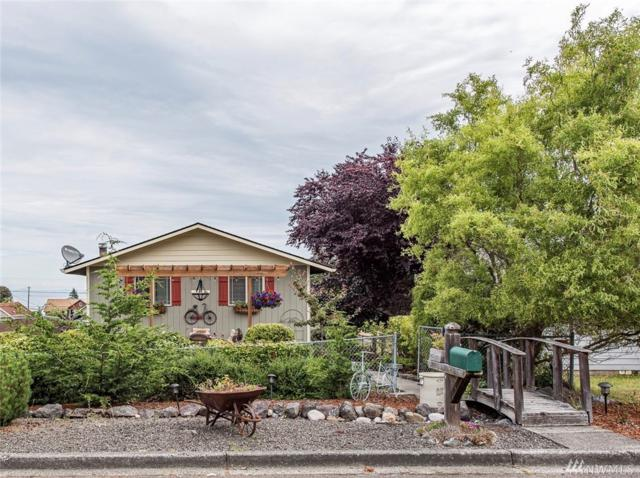 1925 W 7th St, Port Angeles, WA 98363 (#1490690) :: The Kendra Todd Group at Keller Williams
