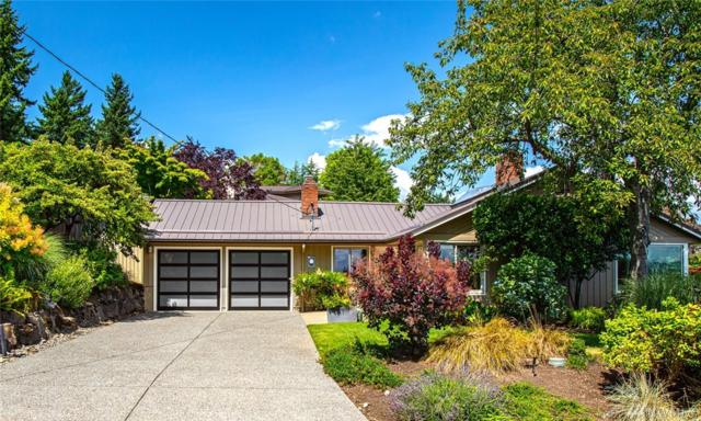 1305 97th Ave NE, Clyde Hill, WA 98004 (#1490899) :: Keller Williams Western Realty
