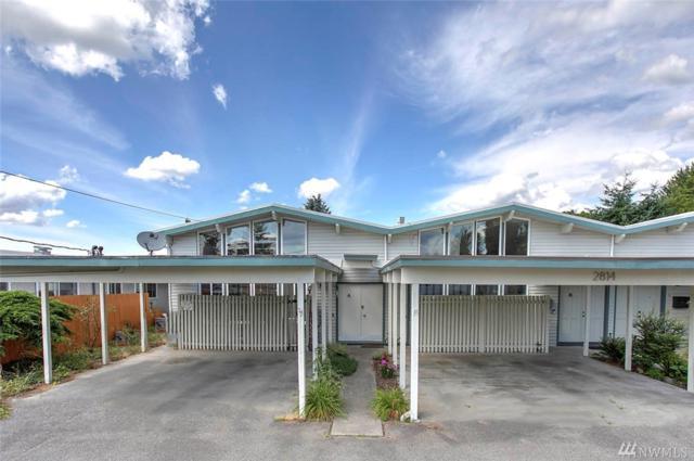 2814 NE 8th St A, Renton, WA 98056 (#1491046) :: Record Real Estate