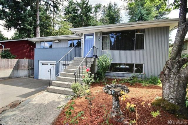 13326 28th Ave NE, Seattle, WA 98125 (#1491058) :: Keller Williams Western Realty