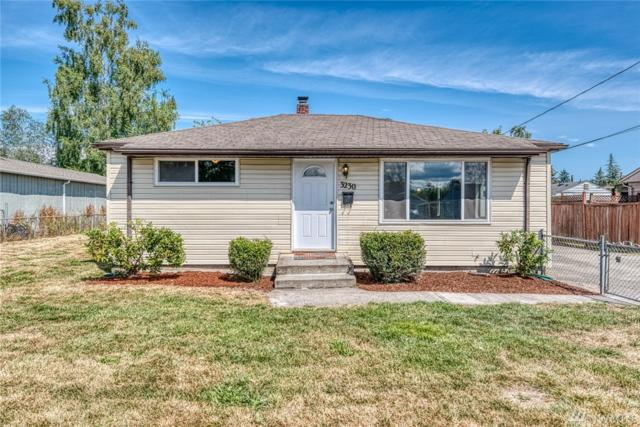 3230 Phillips Ave, Bremerton, WA 98310 (#1491081) :: Northern Key Team