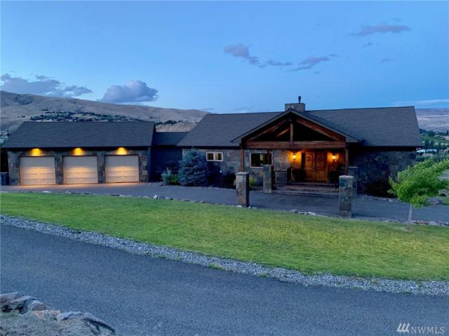 2895 Scenic View Dr, Wenatchee, WA 98801 (#1491343) :: Canterwood Real Estate Team