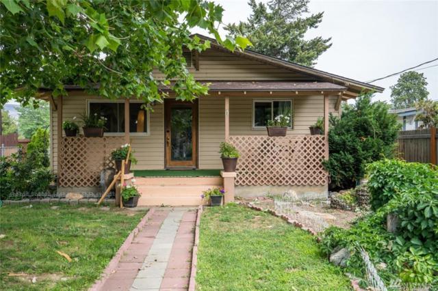 901 Okanogan, Wenatchee, WA 98801 (#1491661) :: Chris Cross Real Estate Group