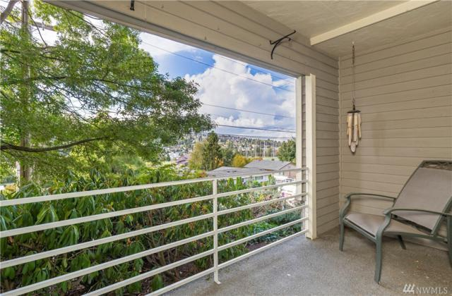 2572 14th Ave W #101, Seattle, WA 98119 (#1491666) :: Real Estate Solutions Group