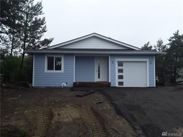 312 Marine View Dr SE, Ocean Shores, WA 98569 (#1491926) :: Chris Cross Real Estate Group