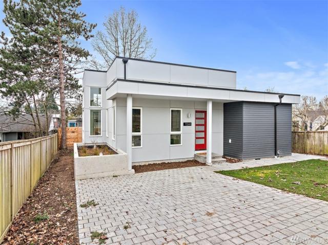 7334-B 40th Ave NE, Seattle, WA 98115 (#1491938) :: Ben Kinney Real Estate Team