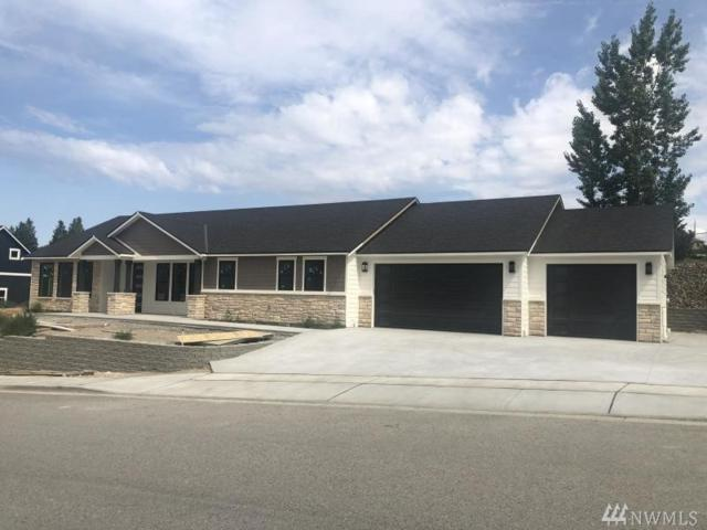 2805 SE Falcon View Dr, East Wenatchee, WA 98802 (#1492174) :: The Kendra Todd Group at Keller Williams