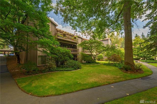 1542 NE 140th St E6, Seattle, WA 98125 (#1492188) :: Kimberly Gartland Group