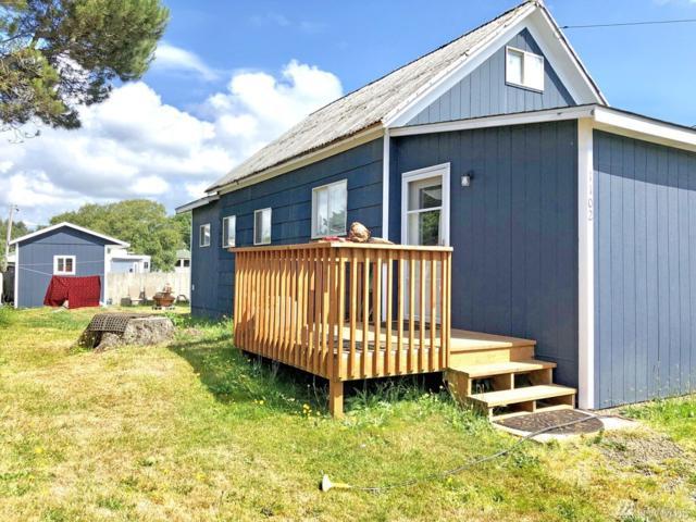 1102 Washington Ave S, Seaview, WA 98644 (#1492820) :: Chris Cross Real Estate Group