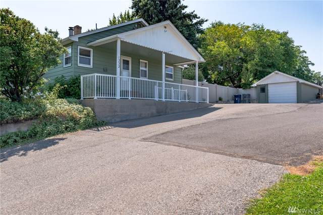 1232 S Mission, Wenatchee, WA 98801 (#1492870) :: The Kendra Todd Group at Keller Williams