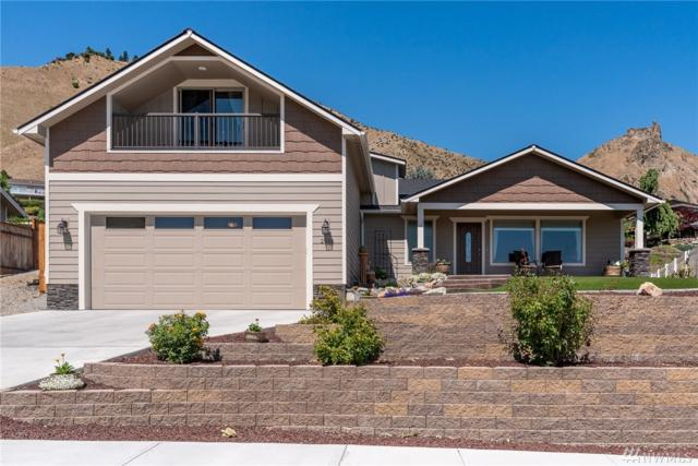 2016 Linville Dr, Wenatchee, WA 98801 (#1493567) :: Canterwood Real Estate Team