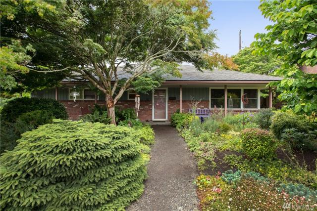 4204 NE 73rd St, Seattle, WA 98115 (#1493630) :: Real Estate Solutions Group