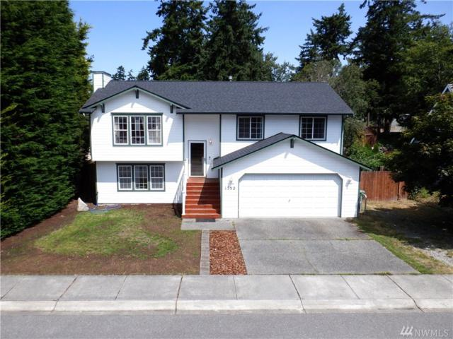 1752 Sw 7th Avenue, Oak Harbor, WA 98277 (#1494046) :: Ben Kinney Real Estate Team