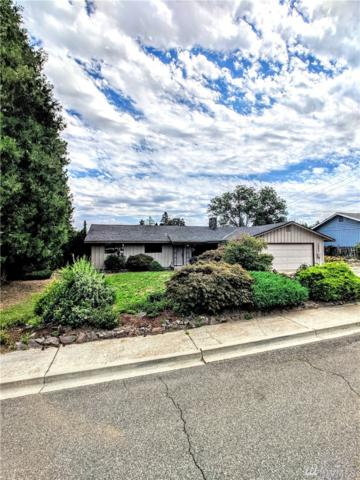 1321 Wedgewood Ave, Wenatchee, WA 98801 (#1494417) :: Mike & Sandi Nelson Real Estate