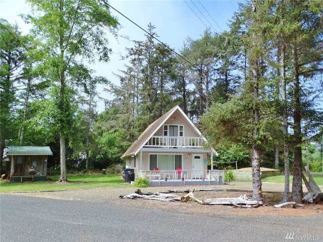 33 Woodland Dr, Copalis Beach, WA 98535 (#1495103) :: Canterwood Real Estate Team
