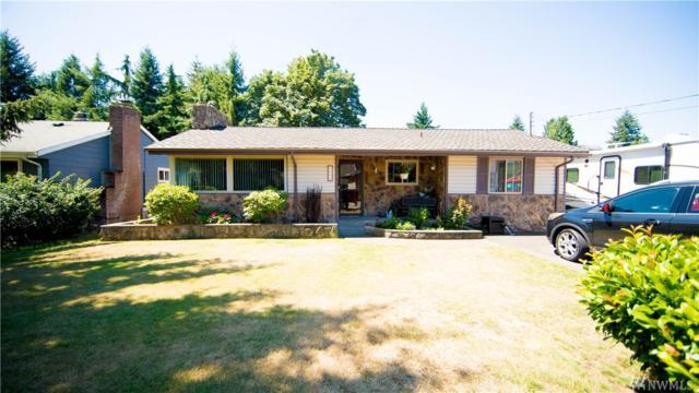 2717 Meadow Ave N, Renton, WA 98056 (#1496604) :: Keller Williams Western Realty