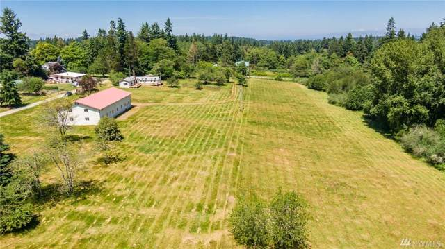 17628 94th Ave SW, Vashon, WA 98070 (#1496683) :: Keller Williams Western Realty