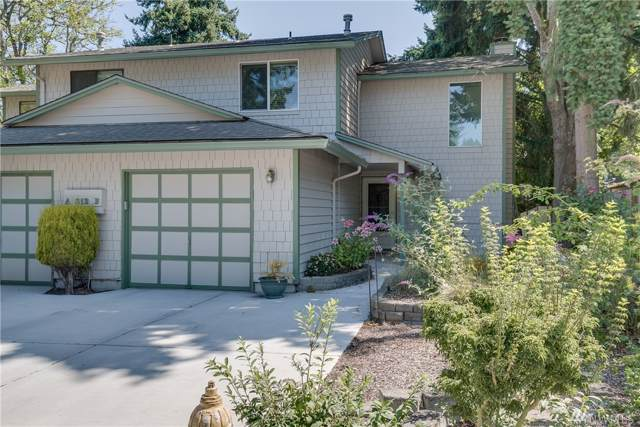 812 142nd Place SE B, Bellevue, WA 98007 (#1497505) :: Real Estate Solutions Group