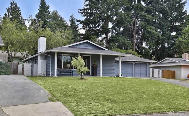 13706 90th Ave NE, Kirkland, WA 98034 (#1497537) :: KW North Seattle