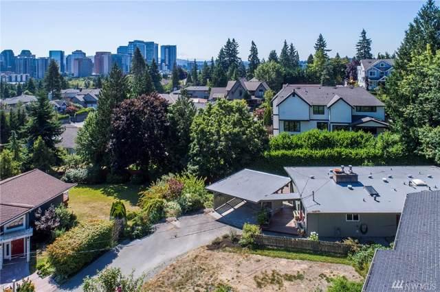 9911 NE 16th Place, Bellevue, WA 98004 (#1498251) :: Keller Williams Western Realty