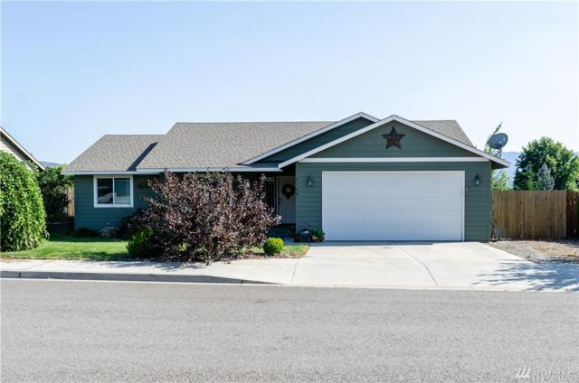 2568 3rd St NE, East Wenatchee, WA 98802 (#1498283) :: The Kendra Todd Group at Keller Williams