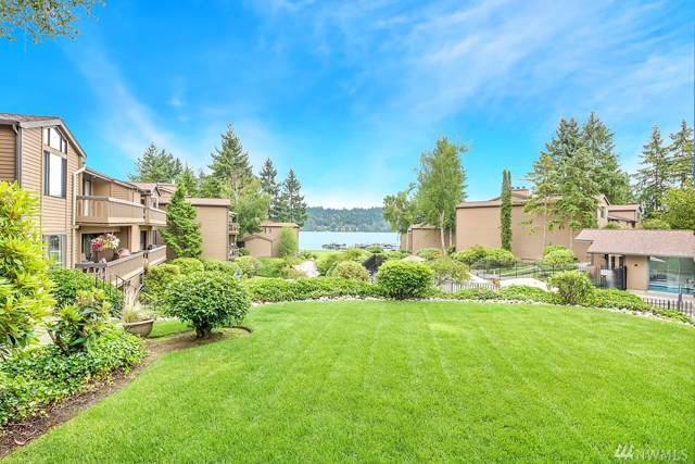 17464 NE 40th Place F2, Redmond, WA 98052 (#1498406) :: Canterwood Real Estate Team