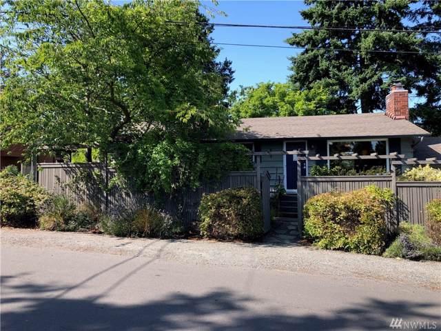 3800 SW 102nd St, Seattle, WA 98146 (#1498517) :: KW North Seattle