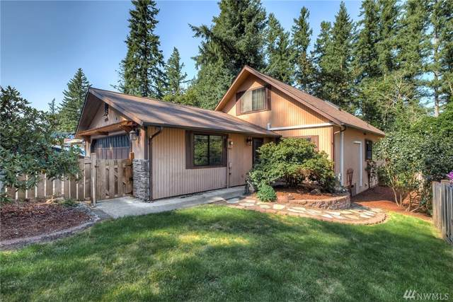 26506 222nd Ave SE, Maple Valley, WA 98038 (#1499005) :: KW North Seattle