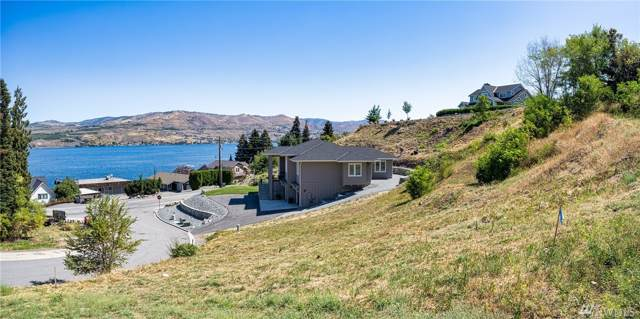 21 Grandview Lane, Chelan, WA 98816 (#1499190) :: Record Real Estate