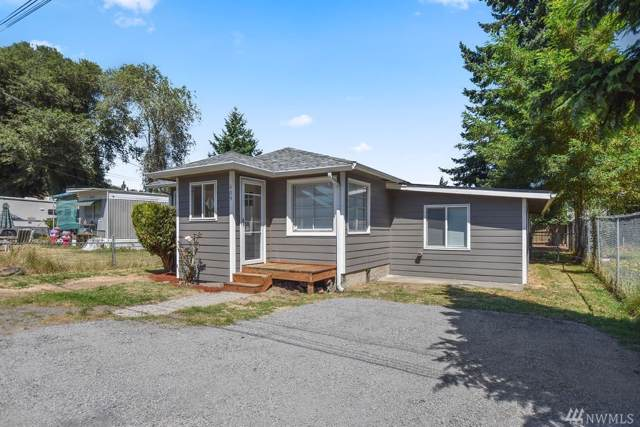 409 Rosewood St, Kelso, WA 98626 (#1499265) :: The Kendra Todd Group at Keller Williams