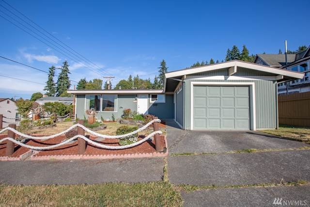 615 S Chambers St, Port Angeles, WA 98362 (#1499437) :: The Kendra Todd Group at Keller Williams