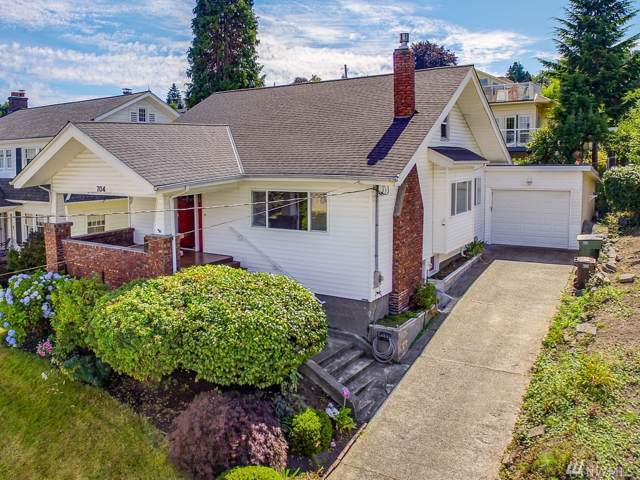 704 33rd St, Everett, WA 98201 (#1500413) :: Northern Key Team