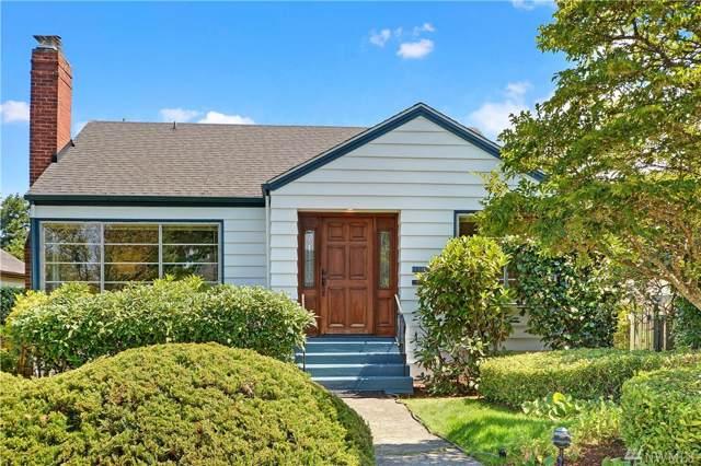 3240 29th Ave W, Seattle, WA 98199 (#1500622) :: KW North Seattle