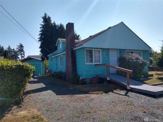 1313 Alaska Ave, Anacortes, WA 98221 (#1501132) :: Ben Kinney Real Estate Team