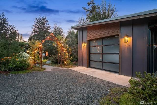 175 Wood Ave SW, Bainbridge Island, WA 98110 (#1501517) :: Lucas Pinto Real Estate Group