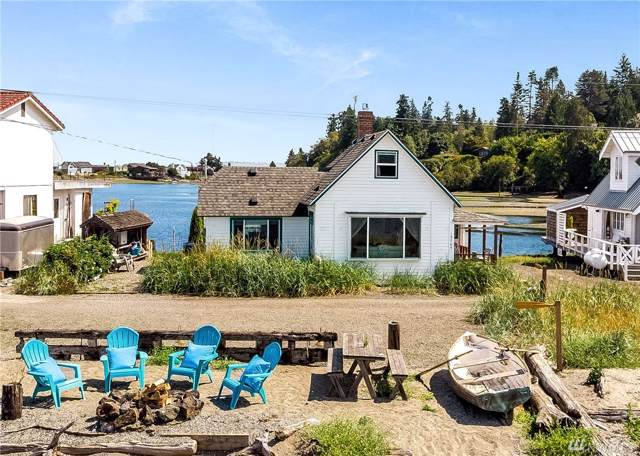 15745 Point Monroe Dr NE, Bainbridge Island, WA 98110 (#1501602) :: Lucas Pinto Real Estate Group