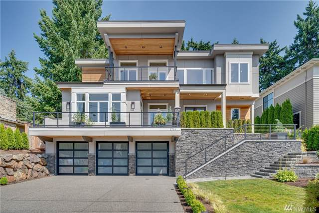 1216 111th Ave NE, Bellevue, WA 98004 (#1501764) :: Capstone Ventures Inc