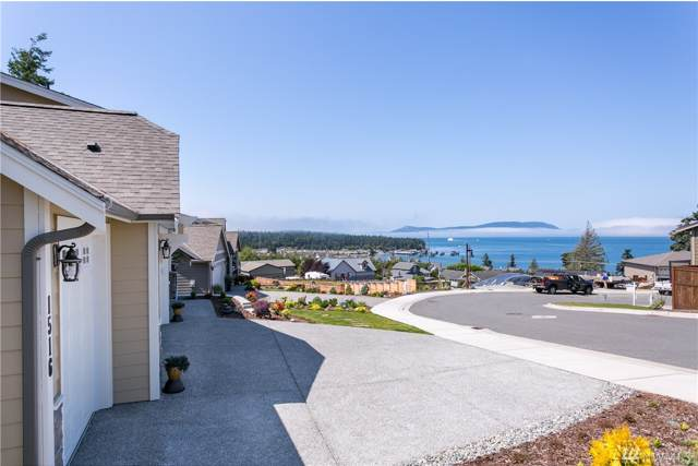 1516 Latitude Cir, Anacortes, WA 98221 (#1502176) :: Northwest Home Team Realty, LLC