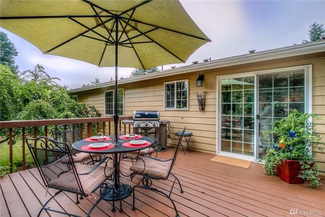 19228 142nd Place SE, Renton, WA 98058 (#1502210) :: Northern Key Team