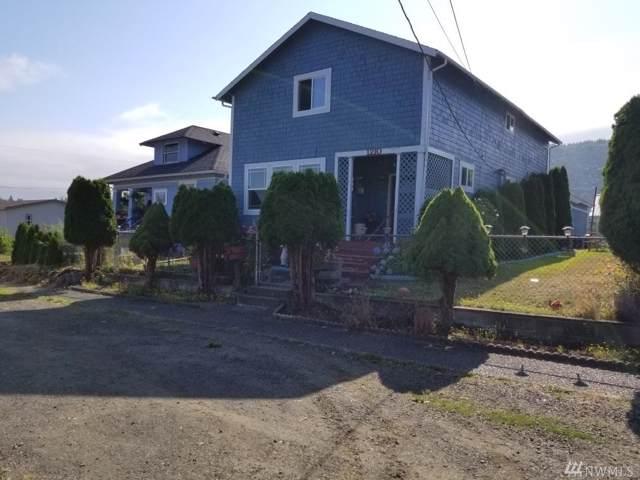 1210 Cedar St, Raymond, WA 98577 (#1502413) :: Ben Kinney Real Estate Team