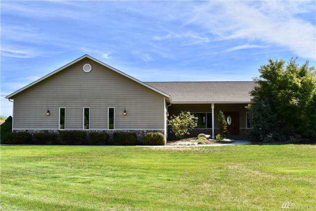 281 Basalt Springs Wy, Naches, WA 98937 (#1502431) :: Chris Cross Real Estate Group