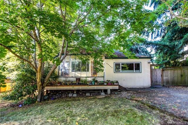 11824 NE 73rd St, Kirkland, WA 98033 (#1502658) :: Chris Cross Real Estate Group