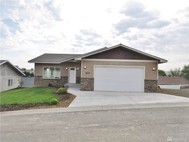507 N 15th St, Selah, WA 98942 (#1503086) :: Center Point Realty LLC