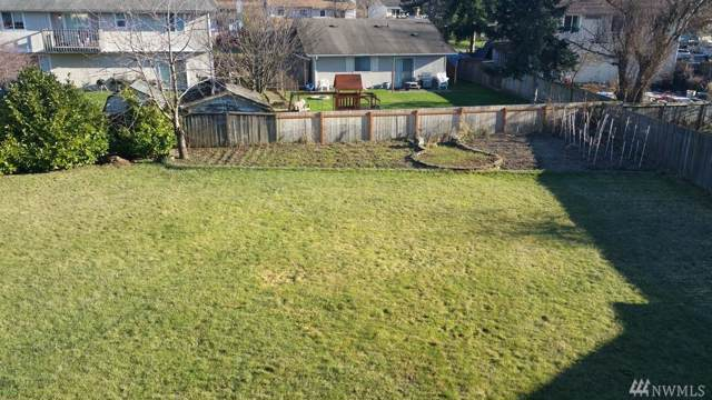 2301 67th Ave NE, Tacoma, WA 98166 (#1503158) :: Ben Kinney Real Estate Team